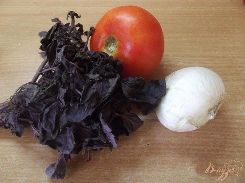 Фото приготовление рецепта: Французский помидорный салат шаг №1