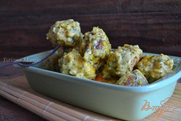 Фото приготовление рецепта: Рыбные шарики в сливочно-арахисовом соусе карри шаг №9