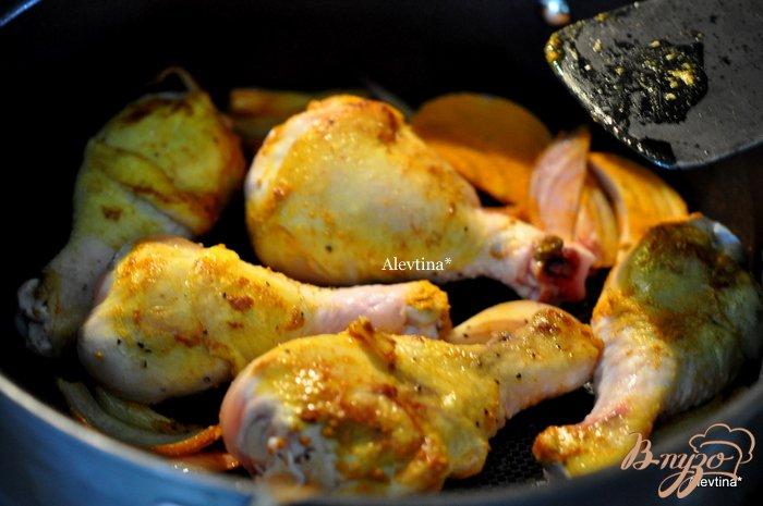 Фото приготовление рецепта: Куриный плов  в духовке шаг №3