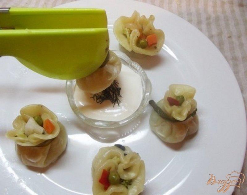 Фото приготовление рецепта: Шумаи с овощами шаг №10