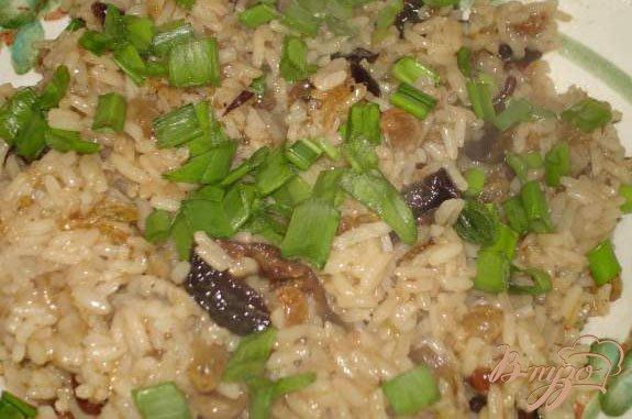 Фото приготовление рецепта: Рис с сухофруктами шаг №5