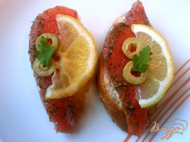 фото рецепта: Форель соленая с укропом