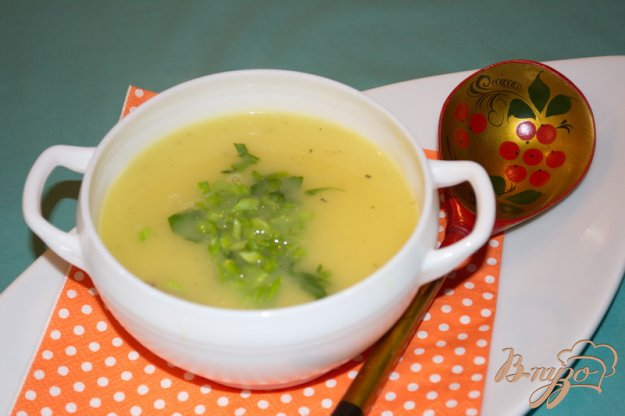 фото рецепта: Картофельный суп-пюре с курицей и зеленью