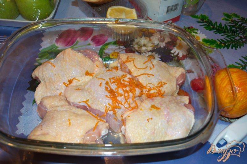 Фото приготовление рецепта: Курица в апельсинах шаг №2