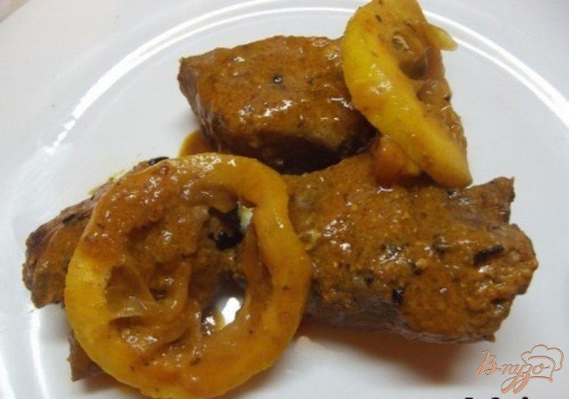 Фото приготовление рецепта: Говядина в пикантном кислом соусе шаг №7