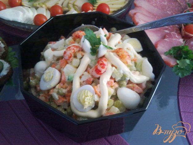 фото рецепта: Салат с раковыми шейками