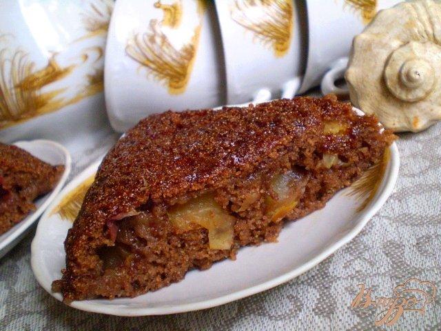 Фото приготовление рецепта: Манник с какао и яблоками шаг №9