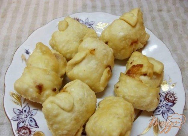 фото рецепта: Сырные конвертики во фритюре