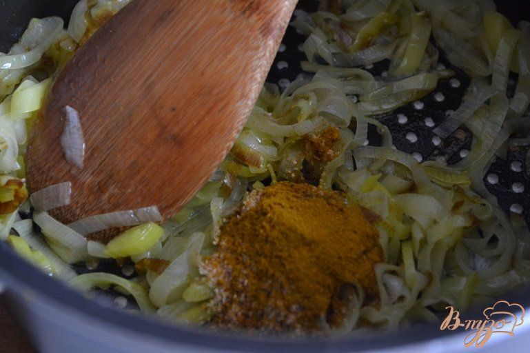 Фото приготовление рецепта: Чечевичный суп-пюре карри шаг №1