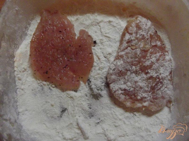 Фото приготовление рецепта: Пряные куриные биточки шаг №4