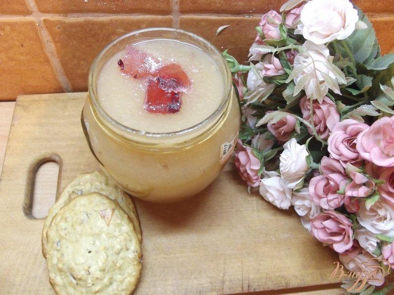 Фото приготовление рецепта: Яблочное повидло с мармеладом шаг №7
