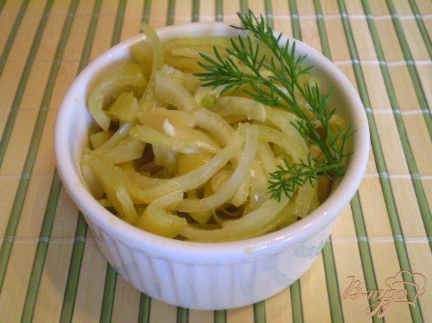 Рецепт Салат из консервированного болгарского перца