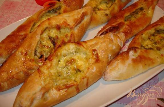 Фото приготовление рецепта: Аджарские хачапури (с яйцом и без него) шаг №2