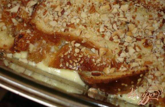 Фото приготовление рецепта: Хлебный пудинг (или куда деть черствые булки) шаг №4