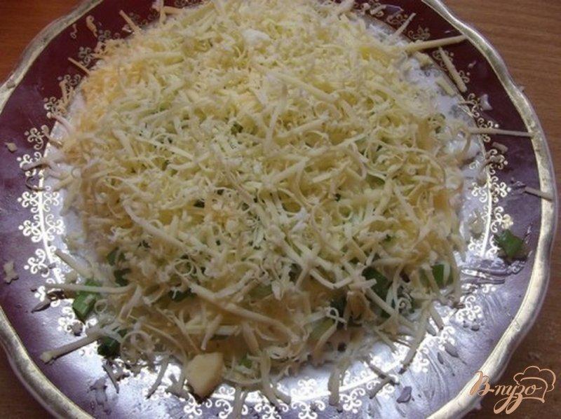 Фото приготовление рецепта: Рыбный салат шаг №5