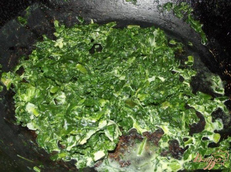 Фото приготовление рецепта: Картофель с листовой зеленью шаг №7