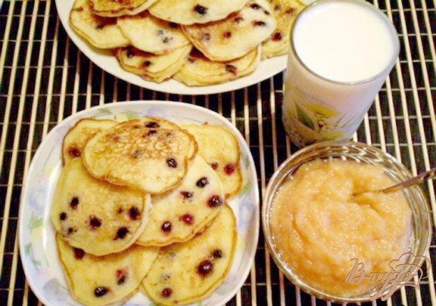 Рецепт Оладьи с фруктами на кукурузной муке