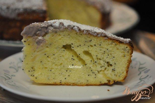 фото рецепта: Сладкий кекс с яблоками по-быстрому