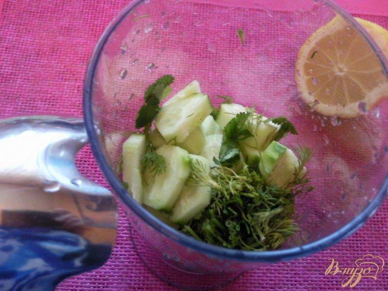 Фото приготовление рецепта: Овощной смузи шаг №3