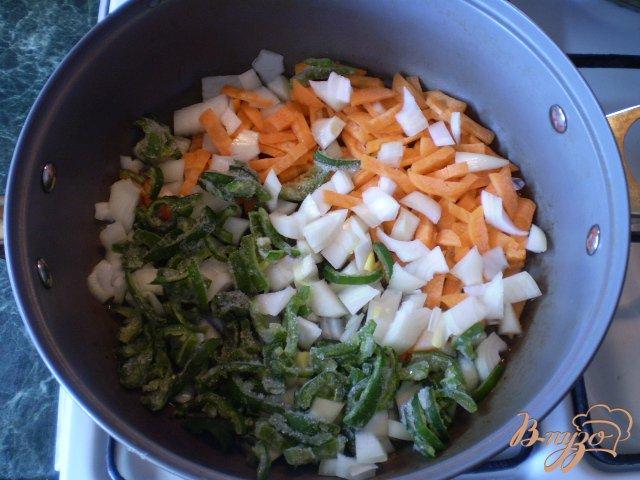 Фото приготовление рецепта: Борщ на костном бульоне шаг №3