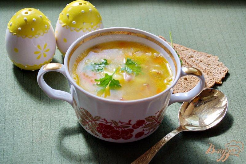 Фото приготовление рецепта: Cытный фасолевый суп с копченой грудинкой шаг №7