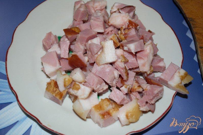 Фото приготовление рецепта: Cытный фасолевый суп с копченой грудинкой шаг №3