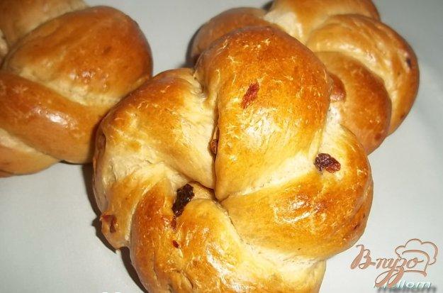 фото рецепта: Кофейные булочки с изюмом