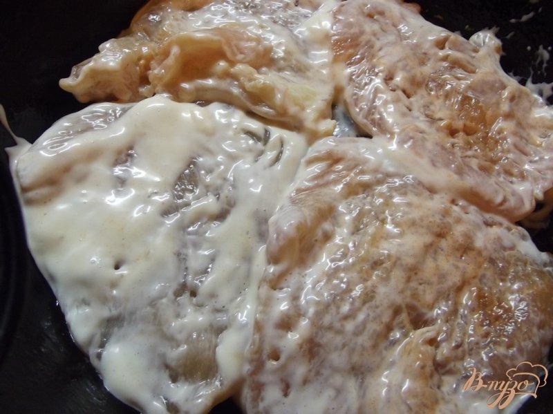 Фото приготовление рецепта: Куриные биточки в маринаде из домашнего майонеза шаг №7