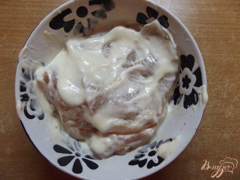 Фото приготовление рецепта: Куриные биточки в маринаде из домашнего майонеза шаг №6