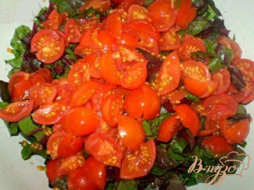Витаминный салат со свекольной ботвой