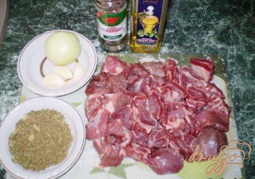 Говядина с луком, чесноком и зеленью