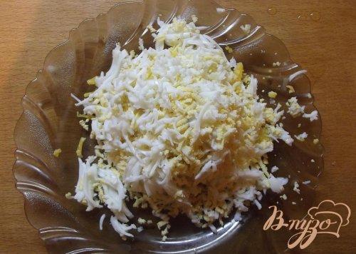 Закуска из лаваша с яйцом и сыром