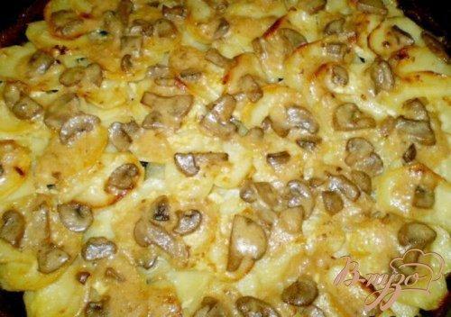 Картофель в сливках с грибами и чесноком