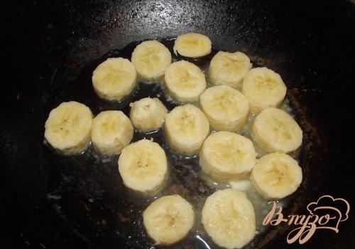 Профитроли с банановым кремом