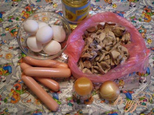 Сытный омлет с грибами