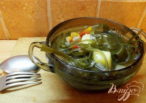 Суп с ламинарией и помидорами