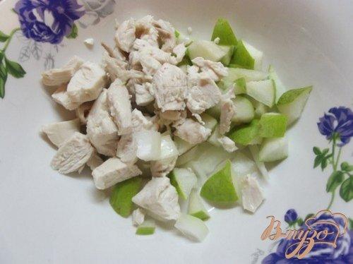 Салат с грушей мясной