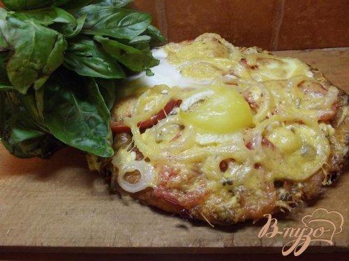 Пицца грибная с яйцом