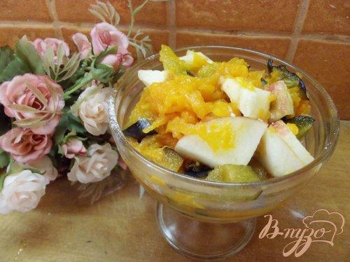 Салат из тыквы с фруктами