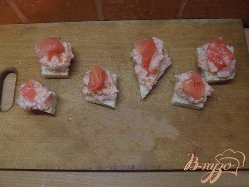 Тарталетки с пастой из кальмара