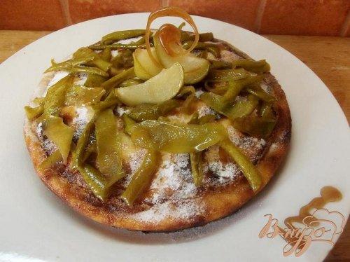 Творожный пирог с карамелизированной грушей