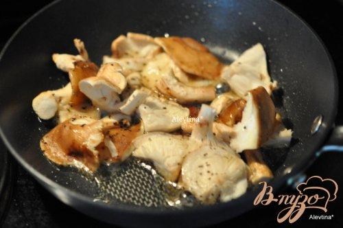 Свиные отбивные с грибами шиитаке
