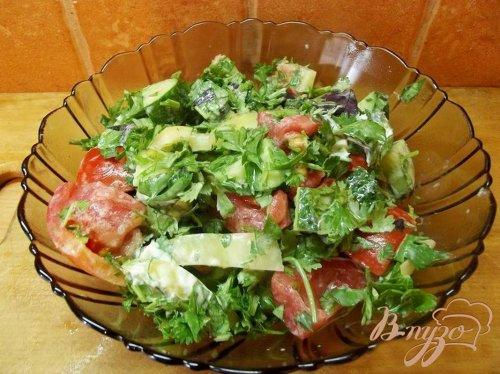 Салат с кинзой