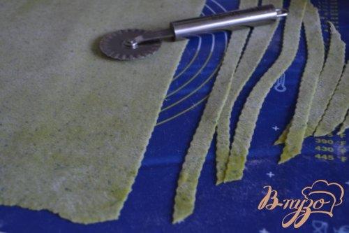 Домашняя лапша с петрушкой