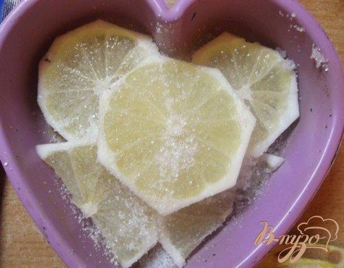 Пирог с киви и лимоном