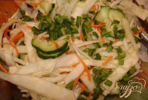 Салат капустный с кунжутом