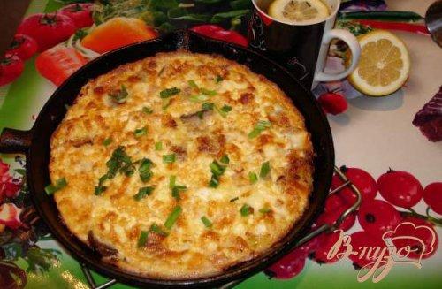 Запеченный омлет с беконом,грибами и сыром