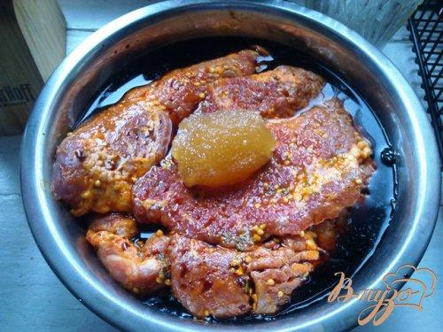 Свинина с ананасом в духовке.