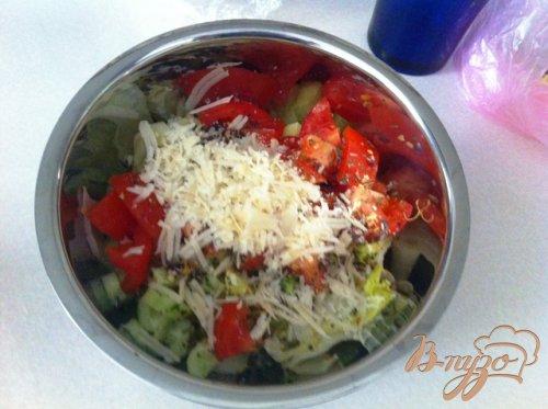 Овощной салат с сыром Джугос