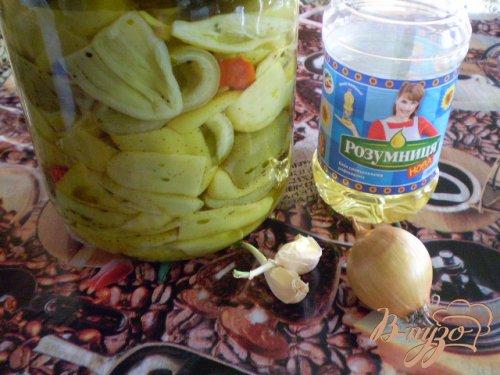 Салат из консервированного болгарского перца